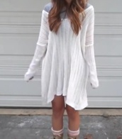 white,loose fit sweater,baggy sweaters