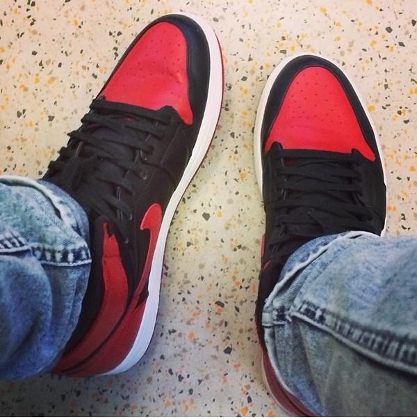 shoes air jordan black red jordans
