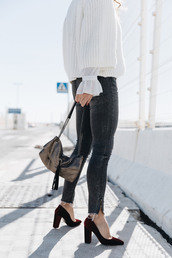 seams for a desire,blogger,sweater,top,jeans,shoes,bag,jewels,jacket,white sweater,pumps,fall outfits