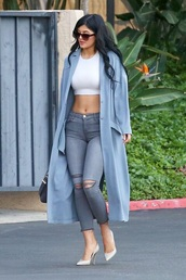 kylie jenner,ripped jeans,keeping up with the kardashians,coat