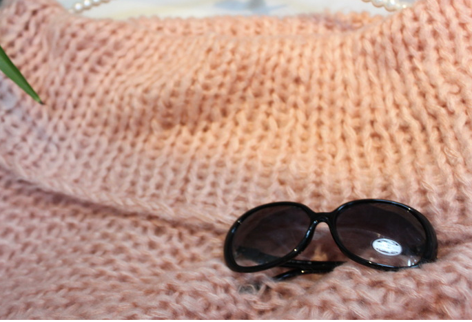Fashion hot handmade sweater for girls high quality