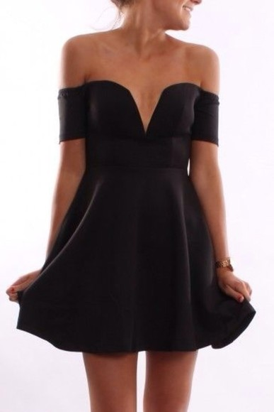 Lovely strapless mini dress