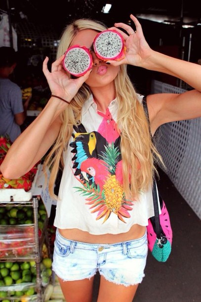 bag print shorts watermelon print top