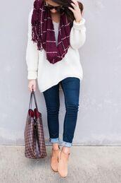scarf,burgundy,white,stripes,oblong scarf