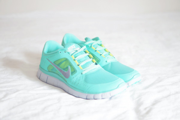 shoes run running blue nike nike aqua aqua nike free run