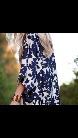 cardigan sweater blue black white floral patterned kimono kimono cardigan