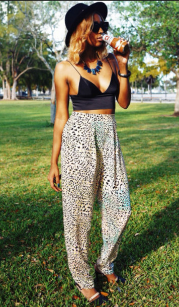 pants leopard print high waisted pants white black crop tops cropped v neck top deep v hat sunglasses shoes heels fashion outfit summer summer outfits tank top