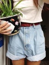 shorts,vintage,retro,denim shorts,retro shorts,boho,indie,high waisted denim shorts,High waisted shorts,denim,girl,boyfriend shorts,boyfriend jean shorts,roll up,bleached,summer,girly,tumblr,jeans,pants,high waisted jeans