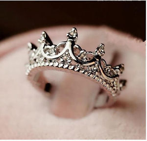 Korea temperament elegant queen crown clear crystals lady rings 4 size