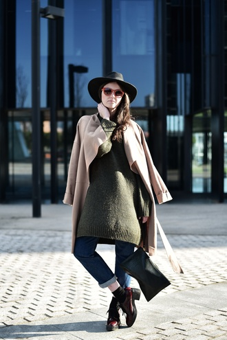 views by laura blogger sweater dress olive green red sunglasses shoes sunglasses jeans coat jewels