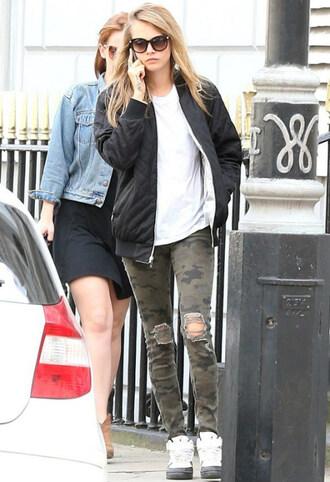 jeans cara delevingne