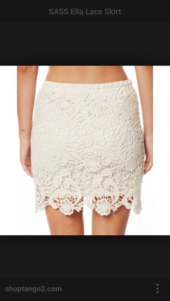 skirt lace skirt cream shortt