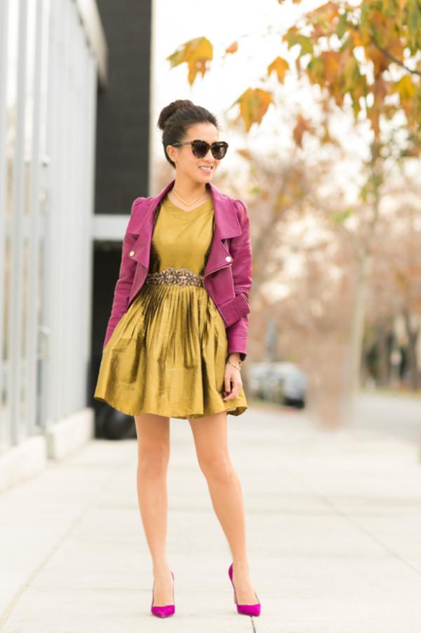 wendy's lookbook t-shirt jacket dress shoes sunglasses belt jewels