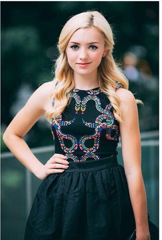 dress black embellished bunkd peyton list peyton pattern pink blue purple green yellow skirt top peyton list dress sequins short dress prom dress prom gown style black dress disney fashion fashionale twin short skirt crop tops crop embellished top