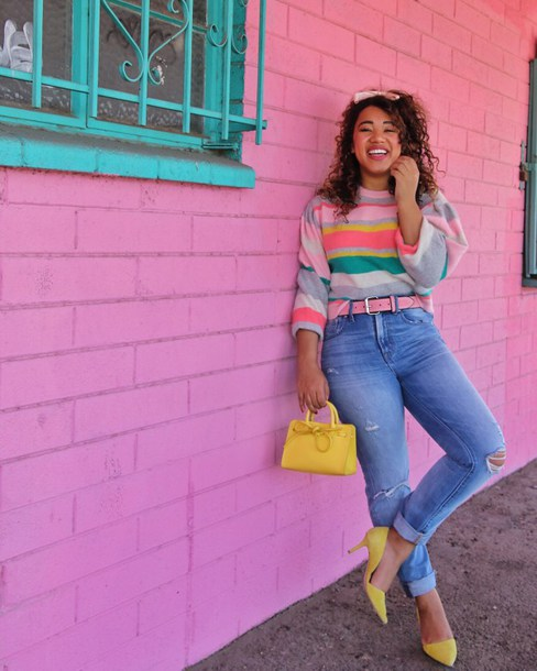 colormecourtney blogger jeans shoes sweater bag yellow shoes yellow bag pumps mid heel pumps spring outfits