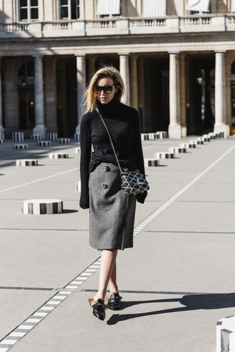 oracle fox blogger sweater skirt bag shoes sunglasses gucci princetown gucci gucci shoes louis vuitton louis vuitton bag printed bag chain bag crossbody bag black sunglasses turtleneck turtleneck sweater black sweater midi skirt grey skirt fall outfits furry shoes