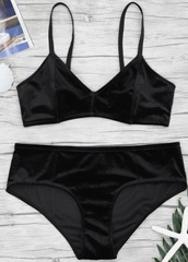 underwear,girly,two-piece,matching set,black,velvet,bralette
