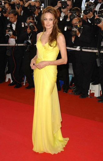 dress yellow yellow dress sexy sexy dress beautiful style angelina jolie actress red carpet