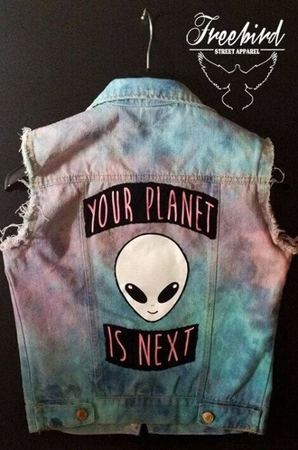 jacket grunge purple lilac alien coat jeans galaxy print colorful soft grunge goth street top shirt blouse science alternative punk extraterrestre planets your planet is the next denim denim jacket space pink beautiful glitter rainbow girly