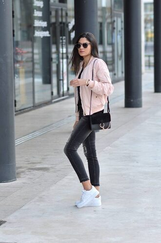 jacket black sweater pink bomber jacket black jeans white sneakers black handbag blogger