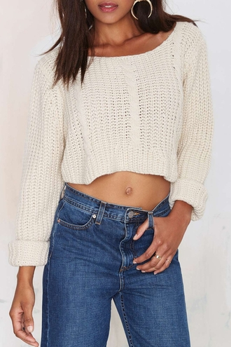 sweater cropped cropped sweater knitwear knitted sweater white cream fall outfits fall sweater sexy college back to school autumn/winter winter outfits winter sweater knitted crop top indie streetstyle casual cozy cozy sweater jewels crop tops