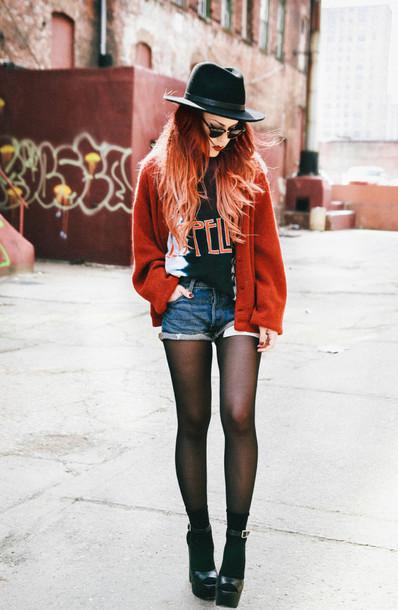 le happy shorts sweater shoes hat