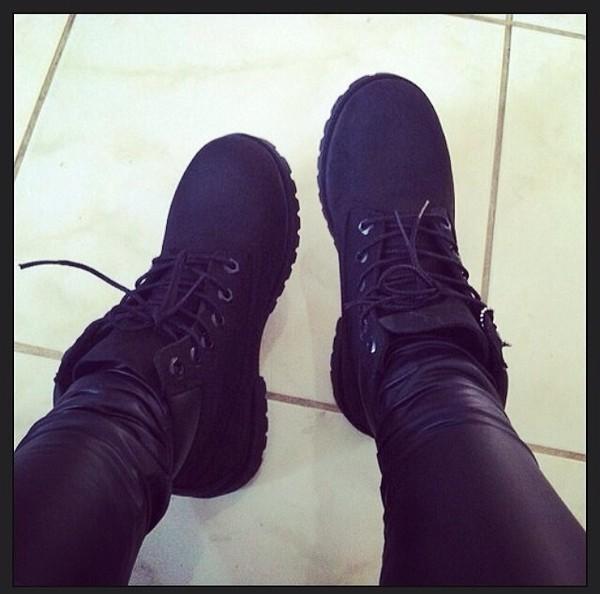 shoes black black timberlands