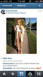 blouse,cute,beige,pants,cardigan,white,crop tops,sandals,shirt,shoes