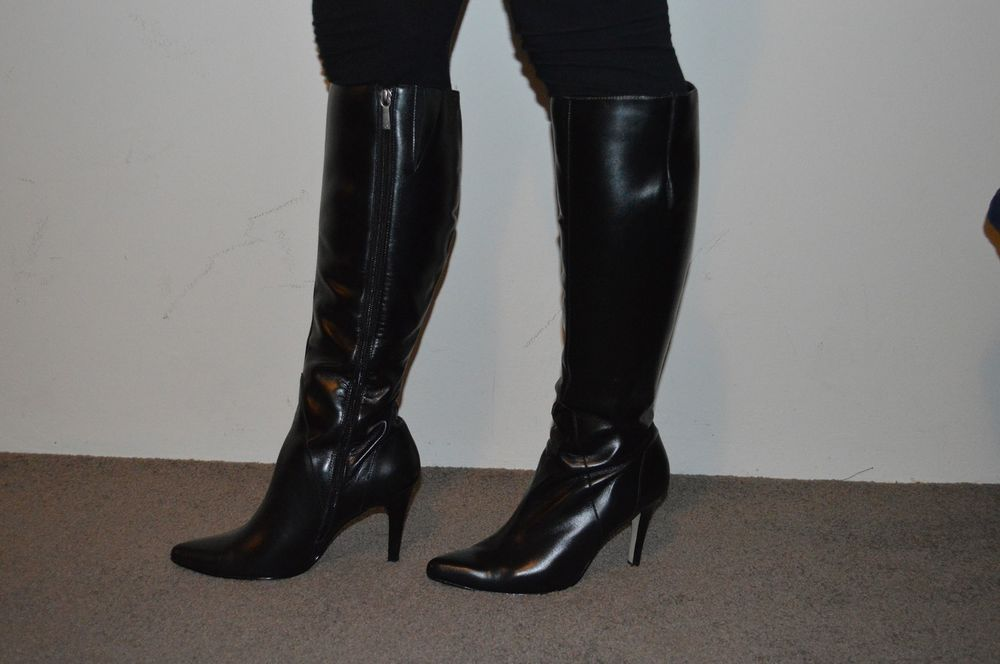New Diana Ferrari black leather knee high boots size 7