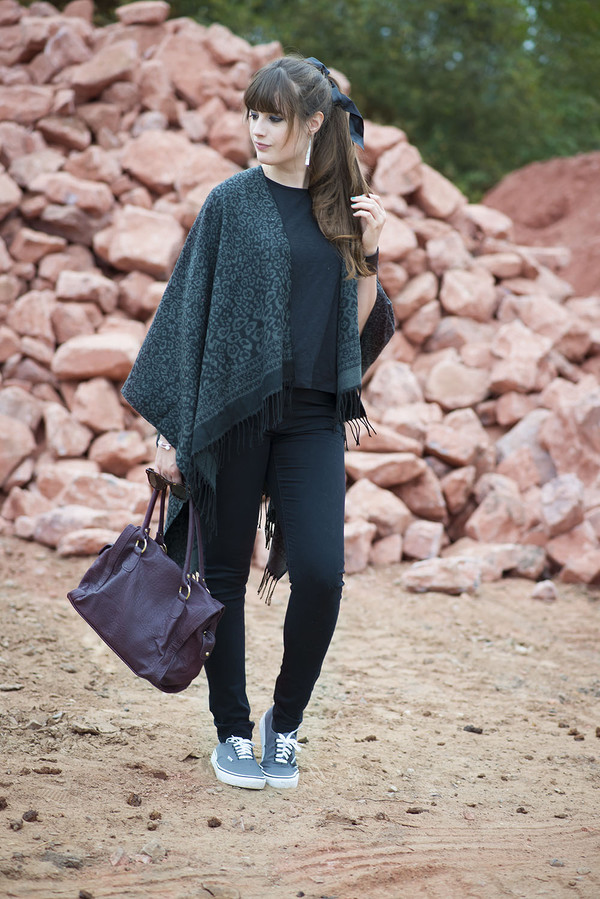 andy sparkles blogger sunglasses bag jeans jewels t-shirt black jeans