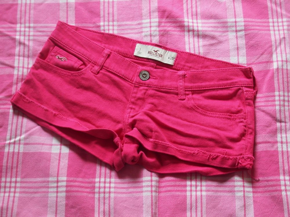 HOLLISTER - Size 1 - W25 - Hot Pink Denim Hipster Shorts Ladies | eBay