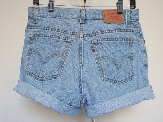 Levis vintage high rise denim jean shorts size 12 by jhebbe