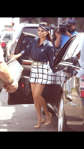 blue blouse Belt kourtney kardashian plaid skirt skirt hair accessories leather headband black