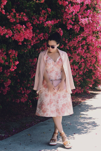 hallie daily blogger dress jacket shoes sunglasses pink dress pink jacket floral dress pink sunglasses