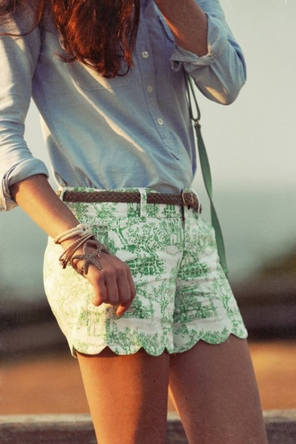shorts white and green shorts green shorts summer outfits