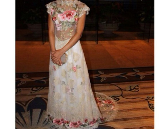 roses floral dress jhene aiko vanilla