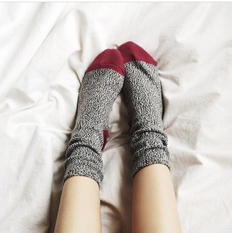 socks burgundy high socks abercrombie & fitch
