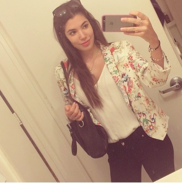 jacket flowers flowered floral jacket cool happy black jeans jeans tank top tank top sunglasses jewels bracelets bag blackbag necklace girl smile iphone ring
