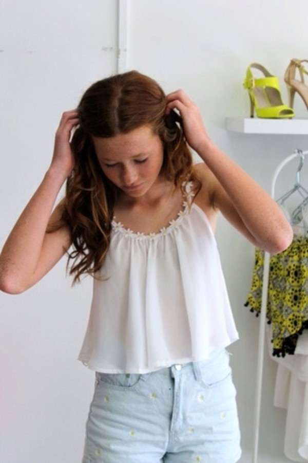 shirt daisy top white
