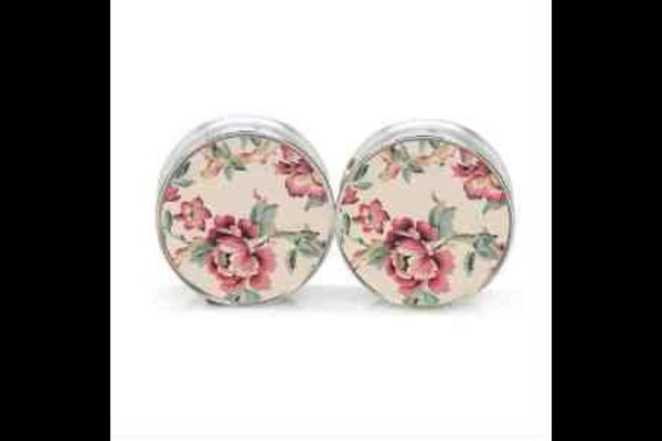 jewels roses ear plug