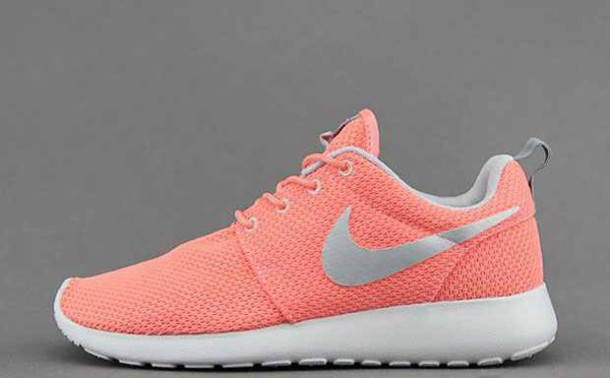shoes atomic pink nikes