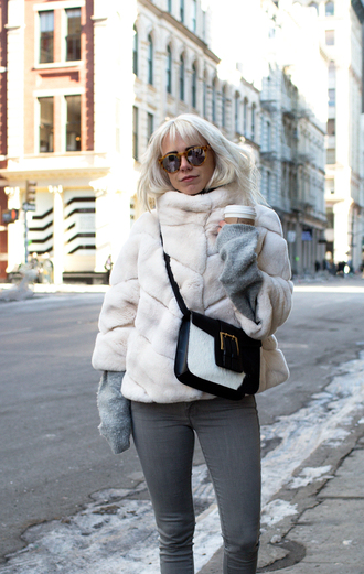 always judging blogger fur jacket aviator sunglasses grey jeans winter jacket crossbody bag oversized sweater