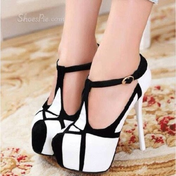 4d9f30d76baf shoes black white shoes heels black and white high heels dream girl  stilettos t strap t