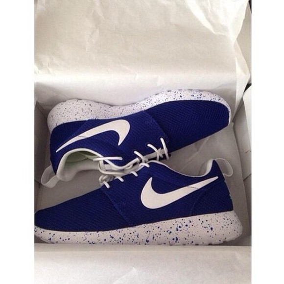 trainers navy blue shoes white tick white sole with blue dots white laces roshe runs