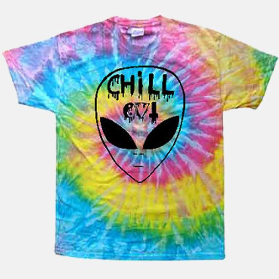 chill out alien tie dye tee alienattire by alienattire