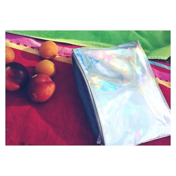 bag shiny shimmering zip sparkle metal metallic metallic clutch metallic bag holographic silver