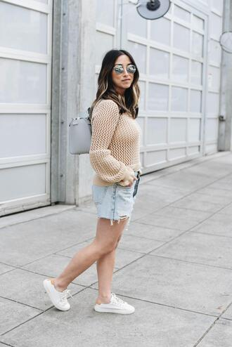 crystalin marie blogger sweater shorts sunglasses shoes
