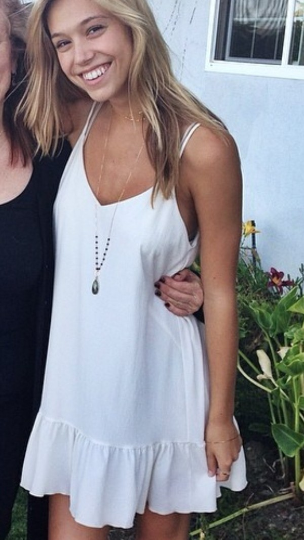dress white dress sundress white cute dress summer outfits summer dress jewels jewelry necklace boho boho chic boho jewelry bohemian alexis ren