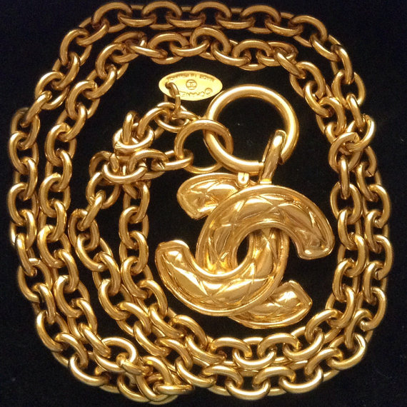 Like new authentic Chanel pendant charm quilted CC by JijiVintage