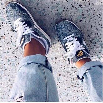 shoes nike jewels
